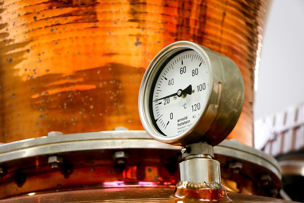 Thermometer Blue Bottle Gin Distillation